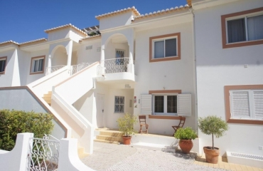 Attractive spacious apartment only walk to beach and Ferragudo